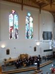 Het hoge plafond van de kerk zorgde voor een mooie akoestiek voor het Magnificat van Pärt